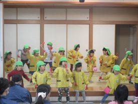 これが日本のお祭りさを元気よく踊ってくれました♪